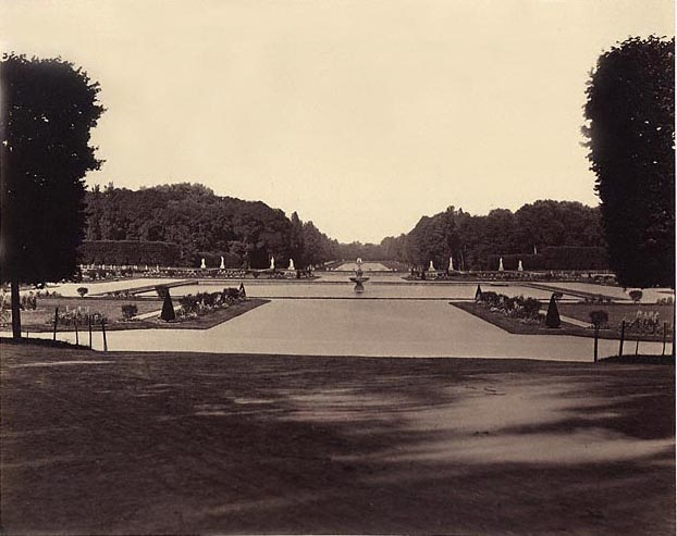 Located 50 km south of Paris, Fontainebleau was a favorite residence of French Kings and Napoleon I. The gardens were originally laid out during the reign of Francois I (1528-1547) with major revisions made between 1661 and 1664 by Andre le Notre, Chief Landscape Designer to Louis XIV